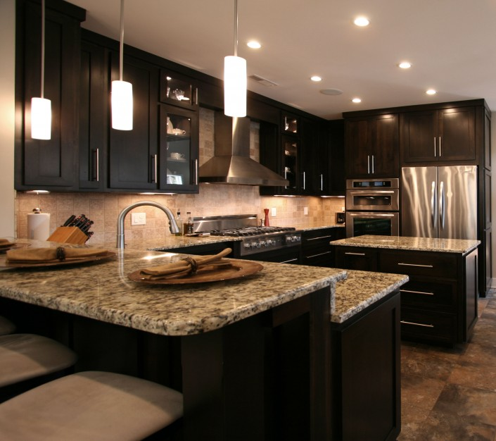 custom kitchen cabinets,black cabinets, stainless steel hardware, stainless steel appliances, granite counter tops,