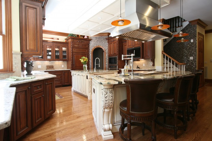 custom kitchen cabinets,double islands, white island, custom cabinets, stained cabinets, Mosaic tile, large kitchen