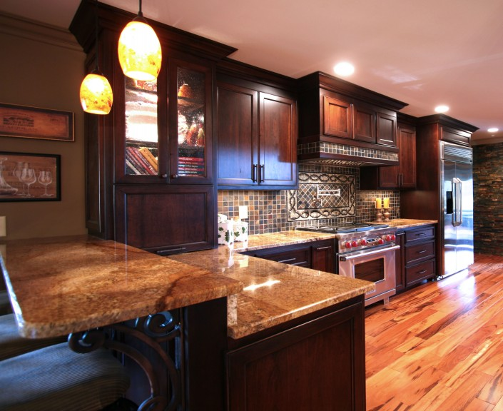 custom kitchen cabinets,kitchen ideas, large kitchens, decorative backsplash, dark stained cabinets, custom cabinets